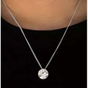 Paparazzi silver necklace with cz